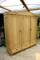 Huge! Quality! Old Pine Triple Knock Down' Wardrobe - We Deliver / Assemble (2 of 15)