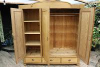 Huge! Quality! Old Pine Triple Knock Down' Wardrobe - We Deliver / Assemble (6 of 15)