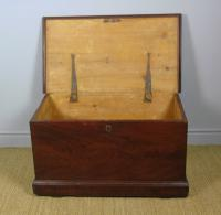 Antique Pine Scumbled Box Coffee Table Trunk (7 of 9)