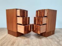 Pair of Walnut Art Deco Bedside Chests (6 of 9)