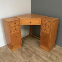 Heal & Son Oak Corner Desk (3 of 10)