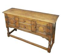 Titchmarsh & Goodwin Design Quality Ipswich Oak English Handmade Sideboard