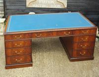 Quality Flame Mahogany Partners Desk