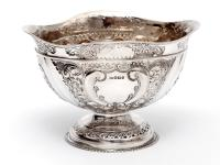 Late Victorian Oval Silver Fruit Bowl Embossed with Scrolls and Flowers (2 of 7)