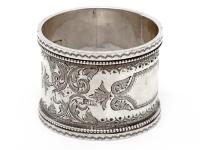 Pair of Boxed Victorian Silver Napkin Rings (5 of 8)