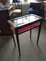 Bijouterie Table c.1910