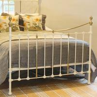 Brass & Iron Bed in Cream c.1890 (3 of 9)