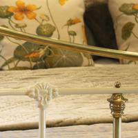 Brass & Iron Bed in Cream c.1890 (4 of 9)