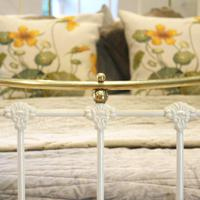 Brass & Iron Bed in Cream c.1890 (9 of 9)