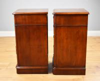 Pair of Victorian Mahogany Bedside Chests (3 of 5)