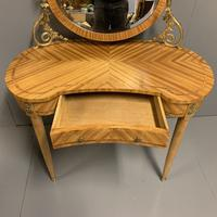 French Kidney Shape Dressing Table (9 of 10)