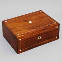 19th Century Carved Bone Barleycorn Chess Set with Inlaid Rosewood Box (2 of 10)