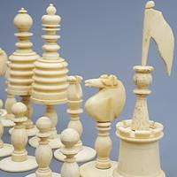 19th Century Carved Bone Barleycorn Chess Set with Inlaid Rosewood Box (10 of 10)