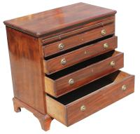 George III Small Mahogany Chest (7 of 7)