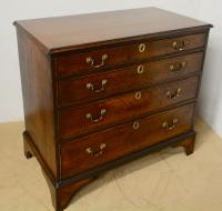Antique 4 Drawer Oak Chest (7 of 7)