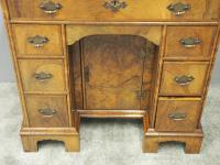 Neat George II Style Walnut Kneehole Desk (8 of 13)