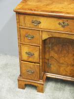 Neat George II Style Walnut Kneehole Desk (7 of 13)