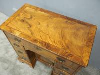 Neat George II Style Walnut Kneehole Desk (12 of 13)