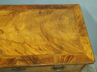Neat George II Style Walnut Kneehole Desk (13 of 13)