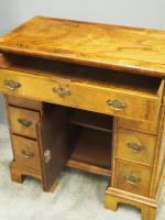Neat George II Style Walnut Kneehole Desk (10 of 13)