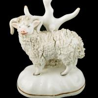Pair of Victorian Staffordshire Sheep (5 of 8)