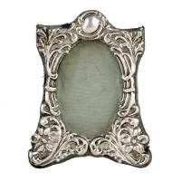 Small Victorian Sterling Silver Frame (3 of 8)