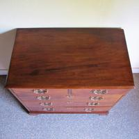 Mahogany Chest of Drawers (5 of 5)
