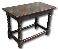 18th Century Oak Centre Table (2 of 5)