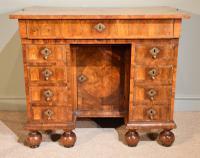 Superb Late 17th Century Kingwood Veneered Kneehole Desk