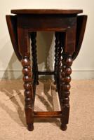 17th Century Elm Gateleg Table (4 of 5)