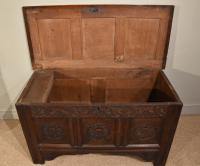Carved Oak Coffer From17th Century (5 of 7)