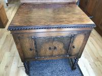 Vintage Record Player Oak with Barley Twist Legs Stunning Condition.