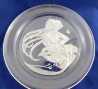 Intaglio-Carved Lead Crystal Plate