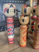 Collection of 22 Japanese Kokeshi Wooden Dolls (2 of 8)