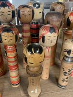 Collection of 22 Japanese Kokeshi Wooden Dolls (6 of 8)