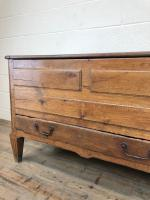 18th Century Oak Coffer with Cleated Plank Lid (5 of 19)