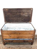 18th Century Oak Coffer with Cleated Plank Lid (9 of 19)