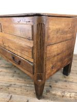 18th Century Oak Coffer with Cleated Plank Lid (15 of 19)