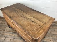 18th Century Oak Coffer with Cleated Plank Lid (16 of 19)