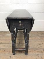 Antique 19th Century Small Oak Gateleg Table (2 of 8)