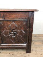 Antique 18th Century Welsh Oak Coffer with Carved Front (4 of 12)