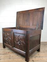 Antique 18th Century Welsh Oak Coffer with Carved Front (8 of 12)
