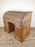 Early 20th Century Antique Oak Roll Top Desk (17 of 23)