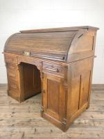Early 20th Century Antique Oak Roll Top Desk (18 of 23)