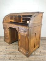 Early 20th Century Antique Oak Roll Top Desk (19 of 23)