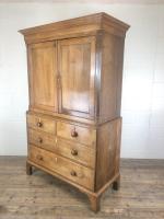 Early 19th Century Welsh Oak Linen Press Cupboard (11 of 13)