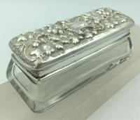 Silver Topped Glass Trinket Box Chester 1901 Nathan & Hayes (4 of 6)