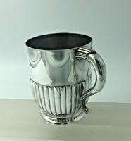 Victorian Silver Christening Mug by the Barnards London 1889 (4 of 6)