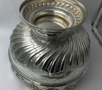 Beautiful Silver Monteith Bowl Punch Bowl Charles Stuart Harris London 1881 (6 of 7)