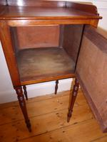 Early 19th Century Bedside Cabinet (2 of 8)